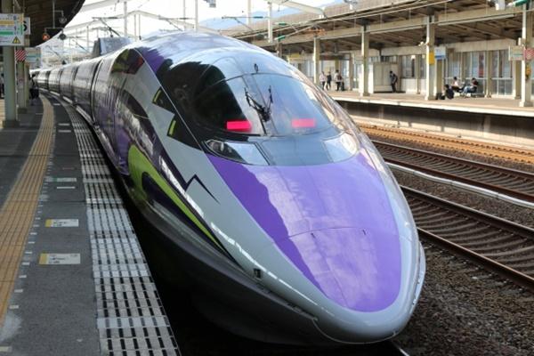 新幹線エヴァ